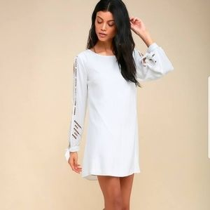 NWOT Lulu's white dress